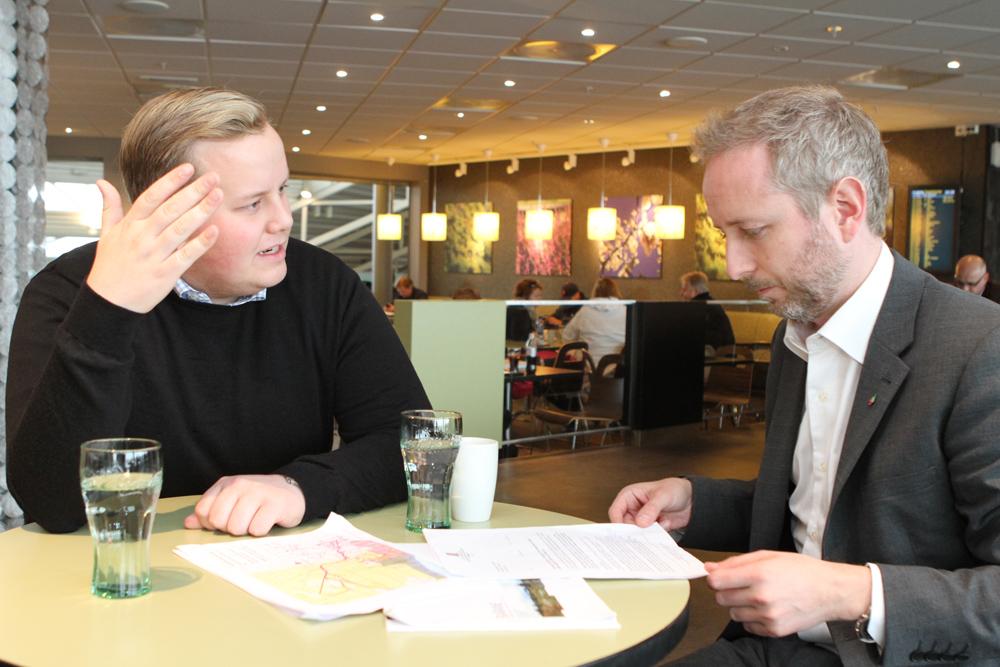 Eirik Faret Sakariassen (SV) og Bård Vegar Solhjell (SV)