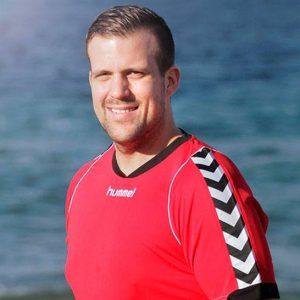 Thomas Edland er trener for damene i Tastavarden. Søndag er det serieåpning.