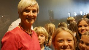 Rektor Kjersti Schibevaag var stolt da skolen markerte sin første 50 år. FOTO: Stavanger kommune